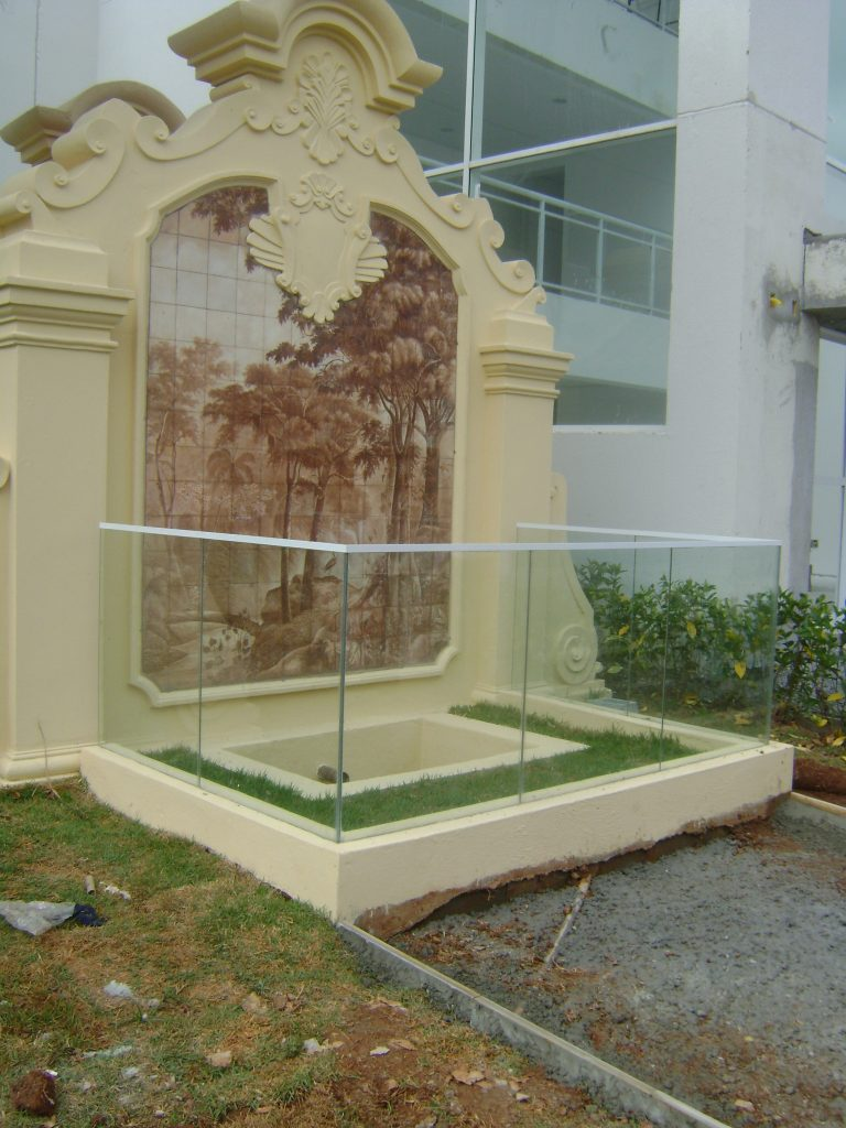 Painel-da-fonte-de-água-mineral-2013